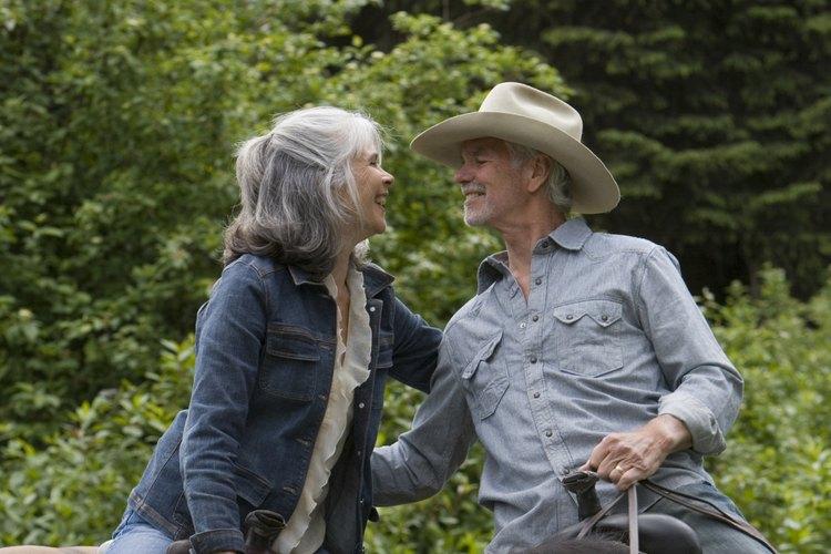 Explora el bosque nacional Cherokee a caballo.