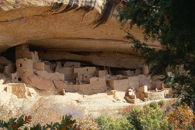 La tribu Pueblo ha habitado extensas viviendas en los acantilados.