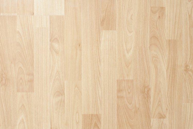 Cómo limpiar con vinagre los pisos de madera |