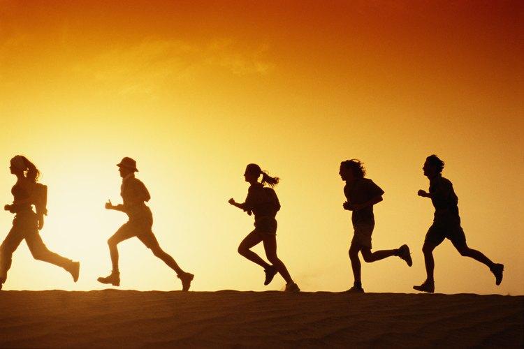 Los clubes de carreras pueden ayudar a los adolescentes a crear hábitos regulares de ejercicio.