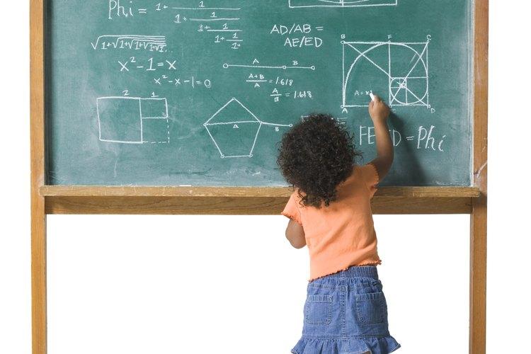 Dale un buen inicio en matemáticas enseñándole cosas básicas.