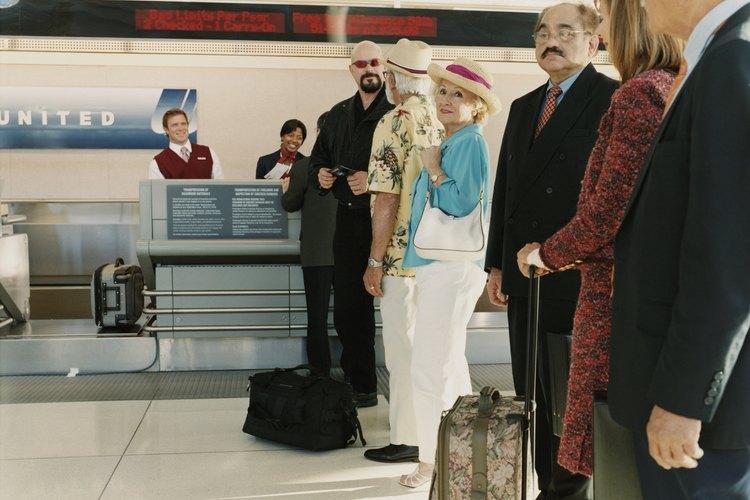 Todos los pasajeros tienen derecho a llevar equipaje de mano.
