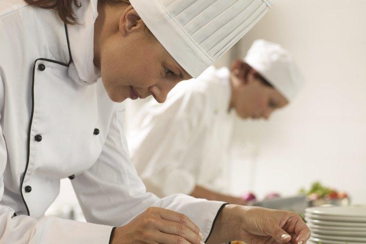 Los adolescentes que disfrutan de la cocina encontrarán un amplio número de programas de verano para elegir.