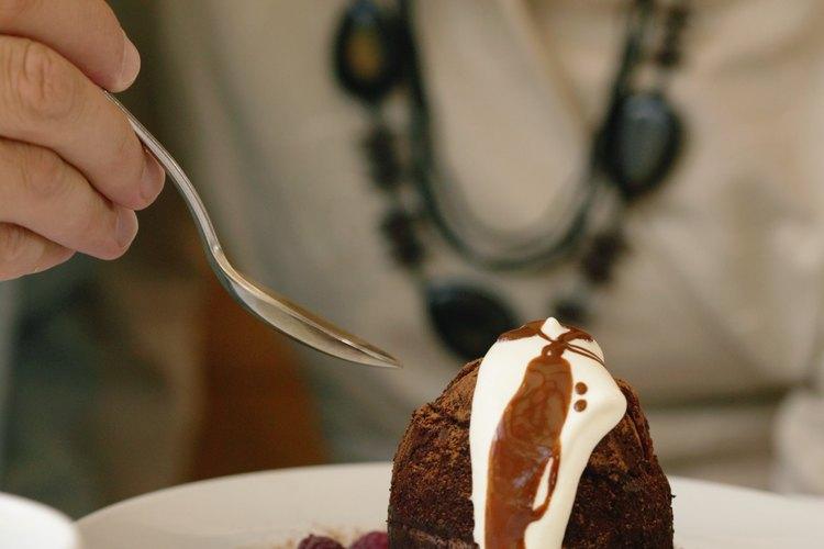 Usa la cuchara de postre para los postres blandos.