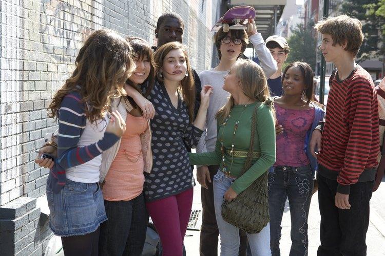Los programas de recreación ofrecen a los adolescentes opciones seguras y positivas para divertirse y pasar el rato.