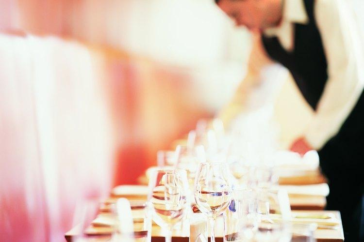 La mesa puede ser un elemento importante en la decoración de tu evento.