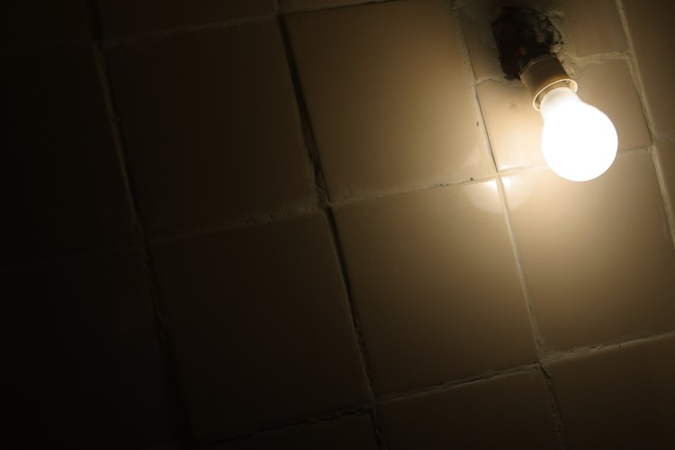 Las luces artificiales han extendido los días para las personas modernas.