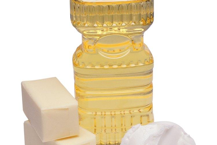 Los aceites de cocina pueden causar manchas permanentes a tu ropa.