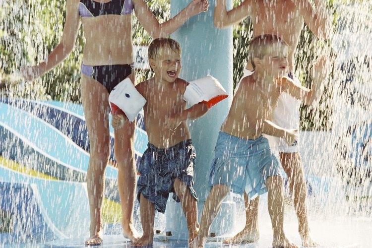 Las actividades acuáticas mantendrán a los niños frescos durante el caluroso verano de Texas.