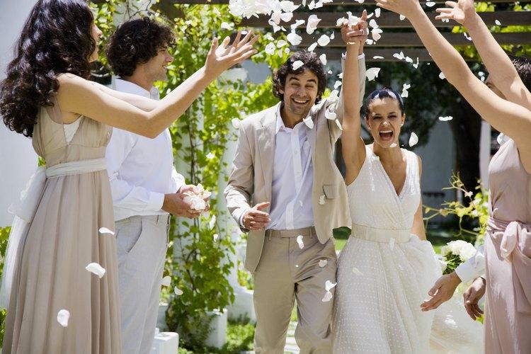 Tu renovación de votos de boda puede ser tan grande o pequeña como lo desees.
