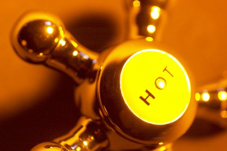 Cuando tu calentador de agua caliente GE falla en encender, lo primero que deberías hacer es verificar si el gas está encendido