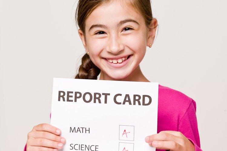 Los reportes de calificaciones indican a los padres cómo van sus hijos en sus clases.