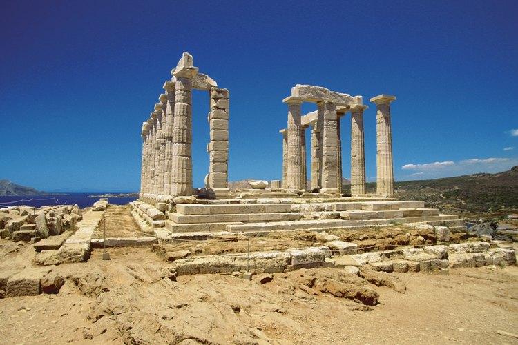 En la antigua tradición griega, la diosa de la justicia era Themis, que organizó los asuntos humanos y reinó sobre las asambleas.