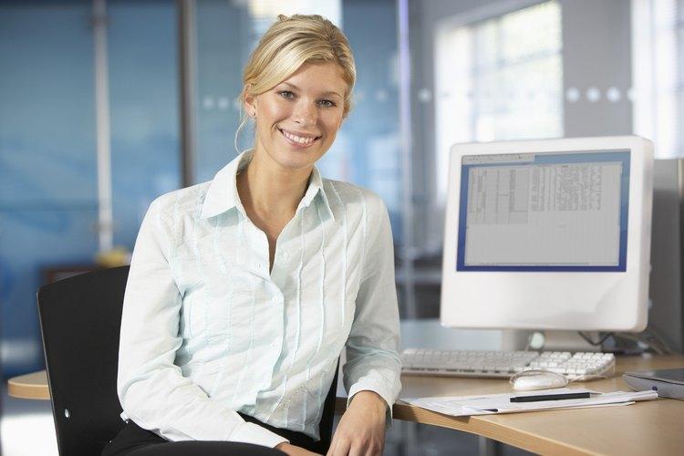 Los trabajos de oficina a menudo tienen buenos horarios y beneficios.