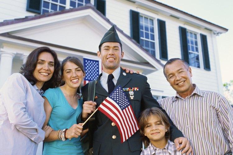 Las familias militares deben apoyar a sus hijos durante la mudanza.
