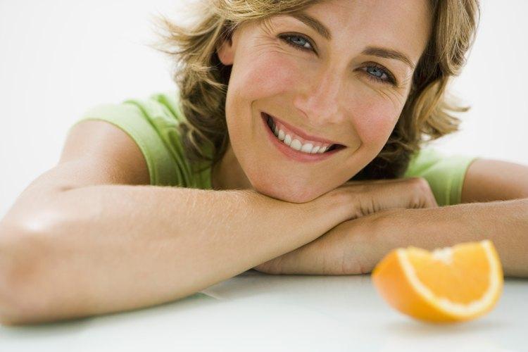 La pectina es un tipo de carbohidrato complejo que ayuda a regular el flujo de agua en tus células.
