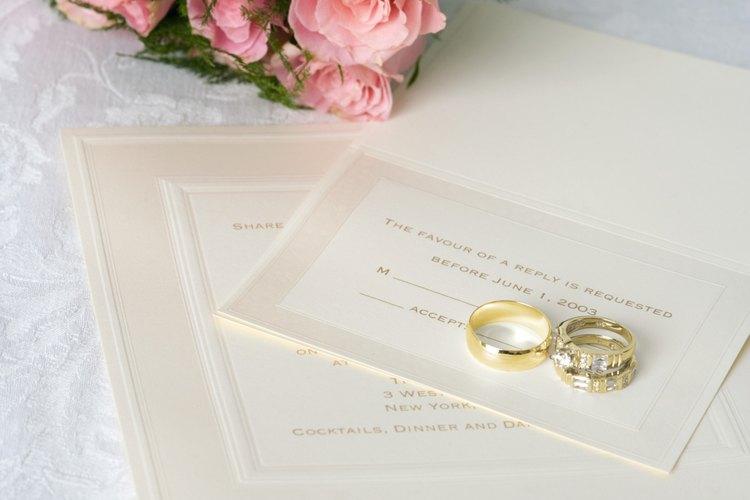 Las invitaciones formales representan una boda formal.