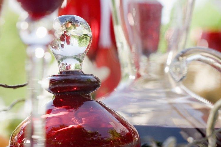 Las jarras de caulquier material se deben limpiar antes de guardarlas.