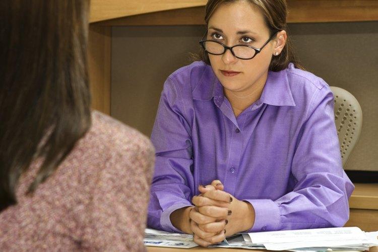 Espera a que tu colega amplíe la asistencia si es posible.