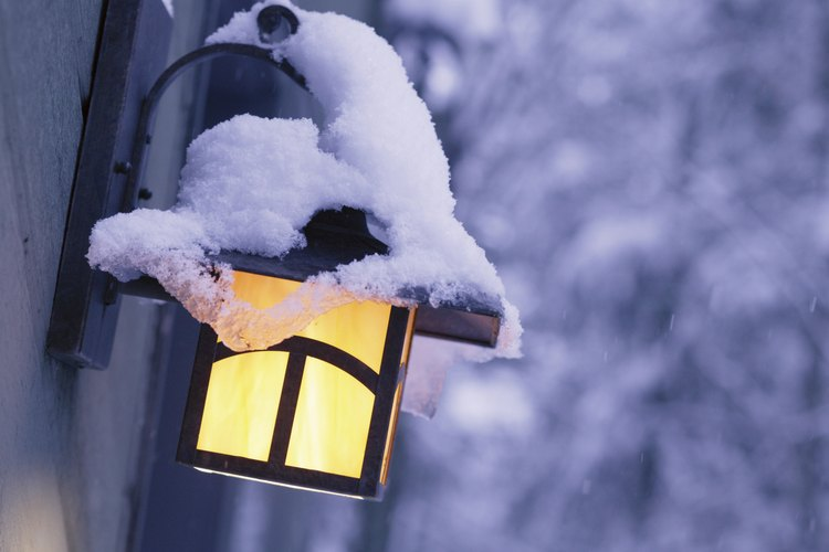 Es fácil desactivar o ajustar el sensor de movimiento de la luz exterior.