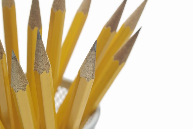 Las manchas de lápiz no salen de las paredes si no usas el borrador o producto de limpieza adecuado.