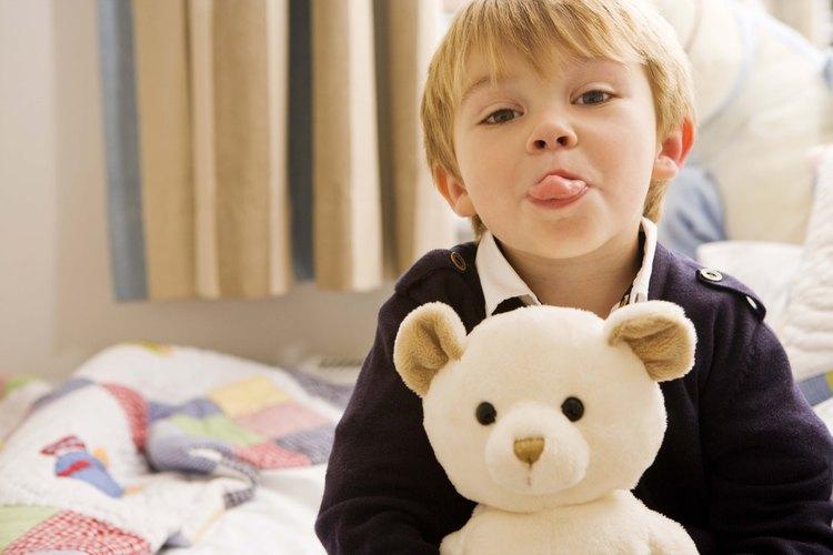 No va a ser fácil no mimar a tu hijo, pero puedes hacerlo manteniéndote fuerte y aprendiendo a decir no.