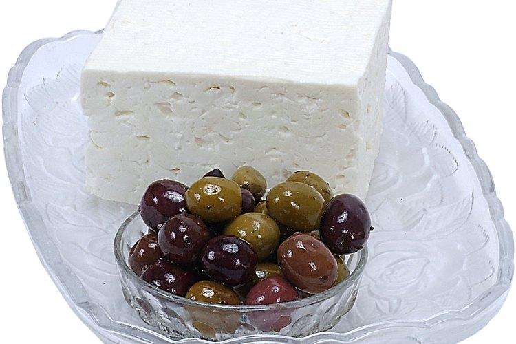 Las aceitunas son bocadillos ideales y como ingrediente en aperitivos y comidas.