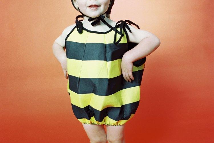 Las rayas negras y amarillas de una abeja pueden ayudarte a enseñar a tu hijo acerca de los patrones, un importante concepto matemático precoz.