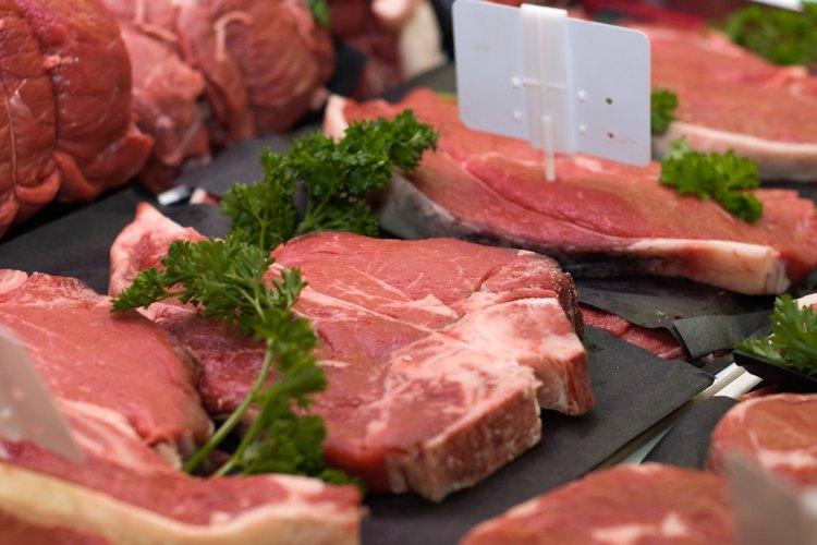 La forma más deliciosa de preparar el ojo de bife es marinando la carne, y luego hacerla a la plancha.