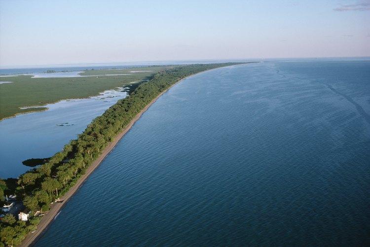 Vista aérea de la costa en Lake Erie.