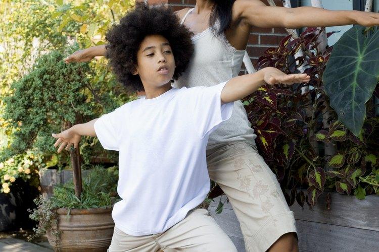 Experimentar con diferentes actividades ayuda a criar un niño saludable.