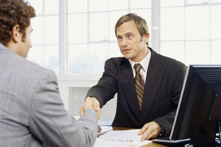 Mantener sólidas relaciones de trabajo entre el empleador y los empleados.