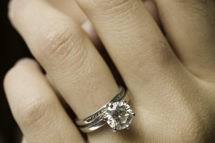 El anillo de la pureza representa no tener relaciones sexuales hasta el casamiento.