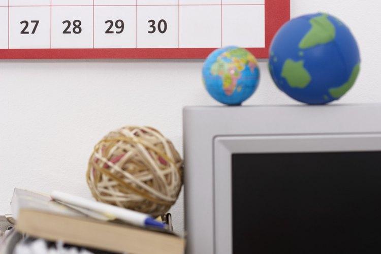 Haz una investigación sobre fechas de fiestas famosas para usarlas como temas para actividades.