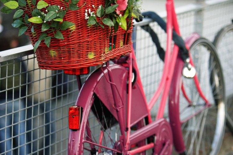 Cuando llegas al primer hotel, adquieres tu bicicleta con el itinerario.
