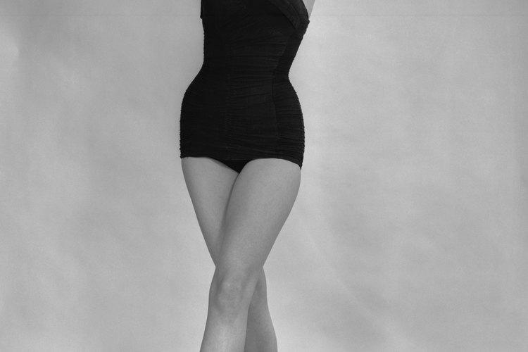 En los 60s, los trajes de baño se enfocaron en las telas que favorecía la figura.