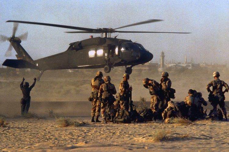 Algunas organizaciones, como las fuerzas armadas y la policía, necesitan tomar decisiones en el momento.
