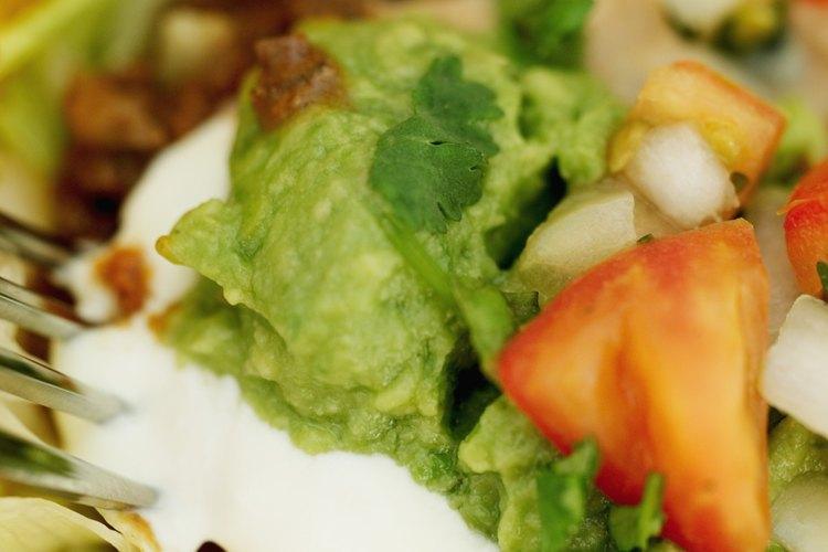 El guacamole se sirve y se consume mejor cuando está fresco.