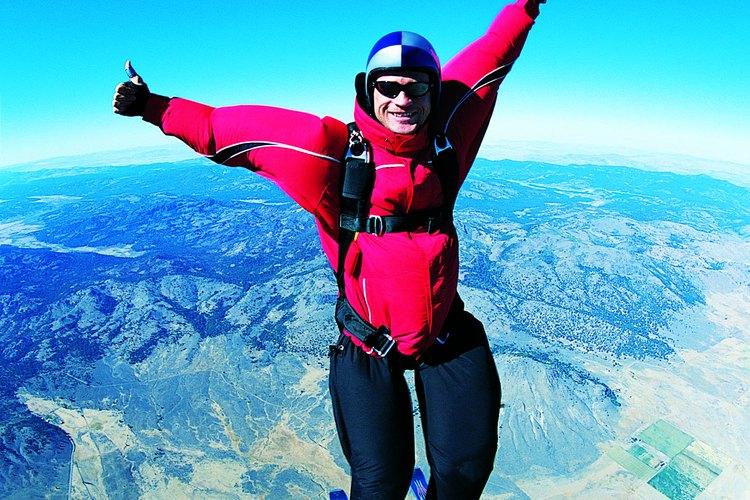 Salarios para instructores de paracaidismo.