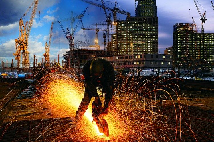 Los costos de construcción se contabilizan a través de un sistema de contabilidad de proyectos.