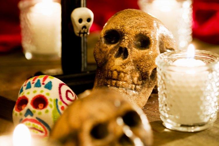 La realización de varios rituales es parte del Día de los Muertos.