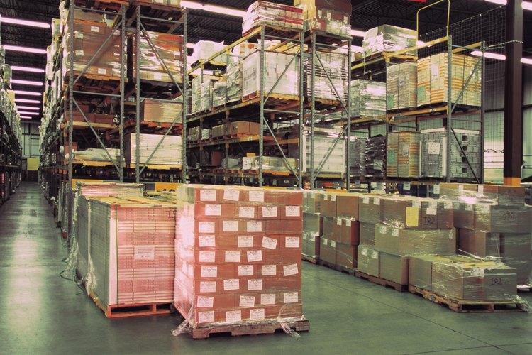 El almacén debe estar ordenado para que los productos se localicen fácilmente.