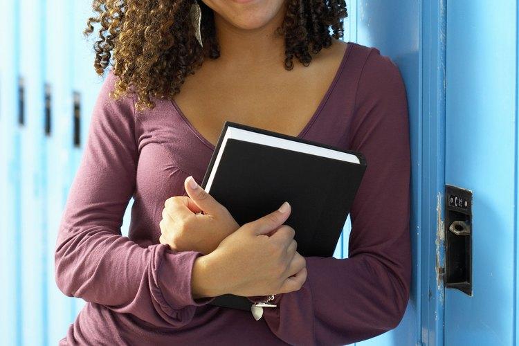Los adolescentes pueden tener un montón de información y conocimiento sobre el mundo, pero la madurez emocional no.