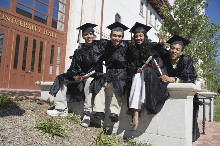 Algunos proyectos pueden orientar a los futuros graduados de la escuela secundaria en su ingreso a la universidad.
