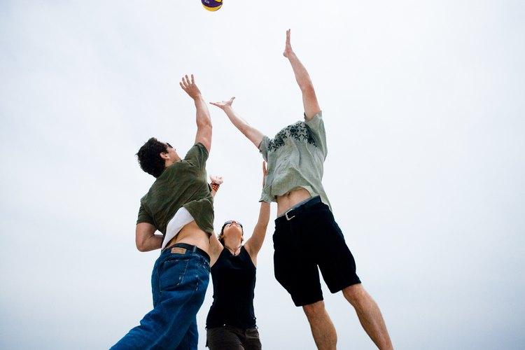 Un juego de voleibol playero puede ser parte de una búsqueda fotográfica.