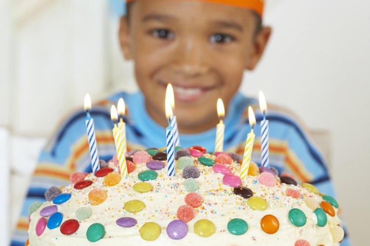 Imaginación y cariño son lo que usarás para volver memorable su cumpleaños.