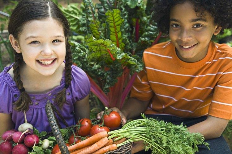 Come una variedad de frutas y verduras coloridas todos los días.