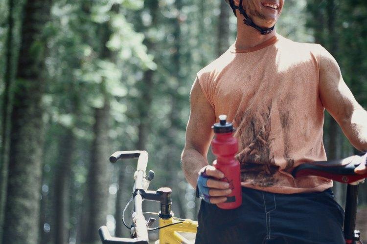 Lleva tu bicicleta de montaña en tu próxima visita otoñal a Lake Tahoe.