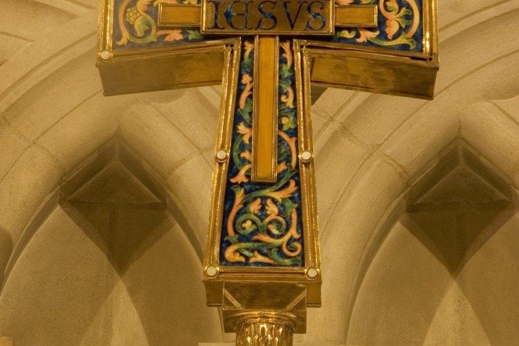 Constantino recibió la visión de la cruz en el cielo.