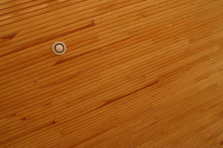 Los pisos de madera son una opción para el techo.